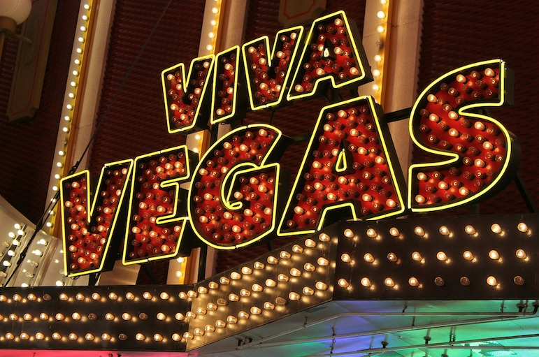 Las Vegas travel tips - take in a cut price show