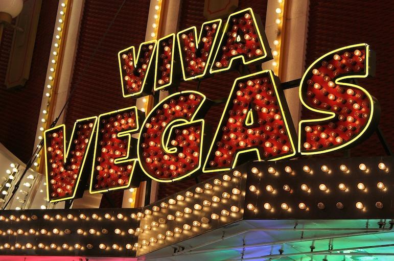 Las Vegas travel tips - take in a cut price show