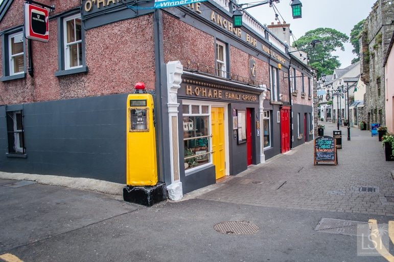 P-J-O'Hares-pub-in-Carlingford