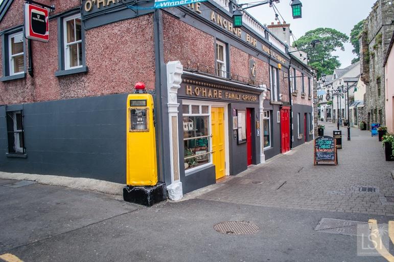 P-J-O'Hares-pub-in-Carlingford