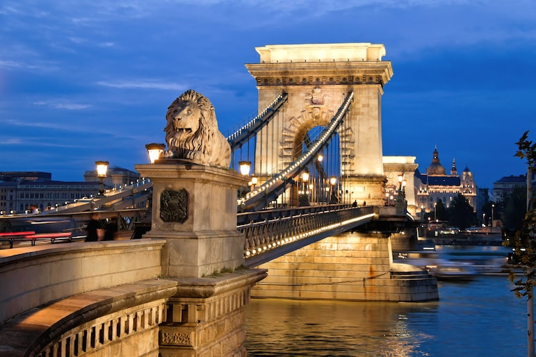 Places to go in Budapest, an evening view of the Chain Bridge