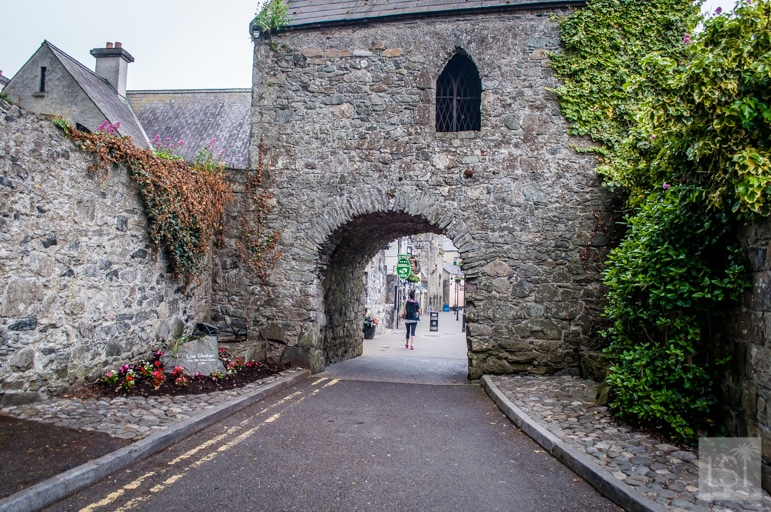 The-ancient-Toll-Gate-at-Carlingford