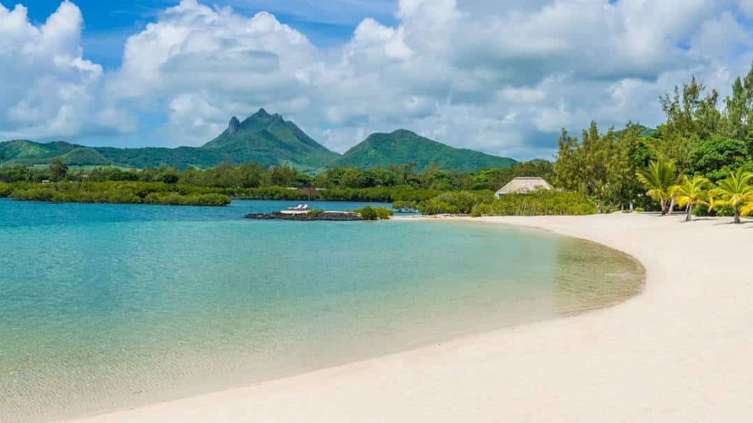 Where to stay in Mauritius - Mauritius resorts and spas for luxury ...