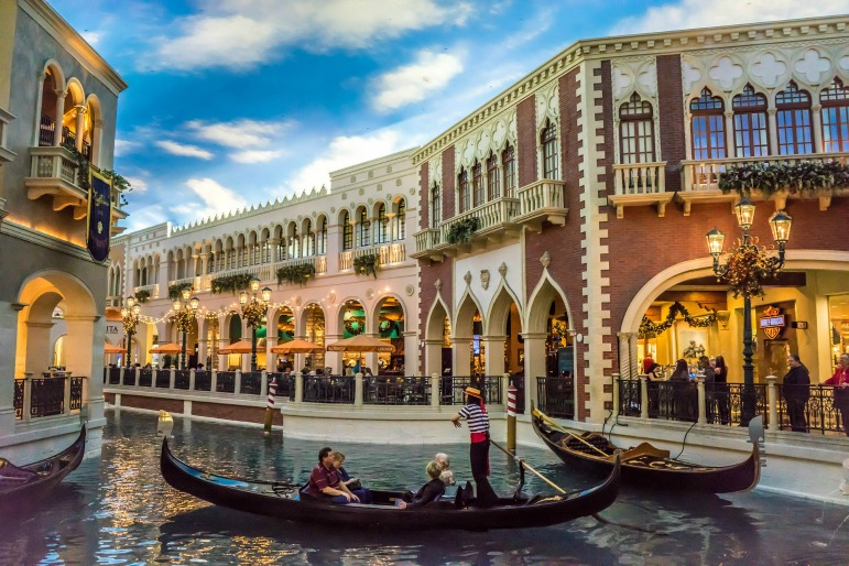 Las Vegas Affordable Luxury - the Venetian hotel