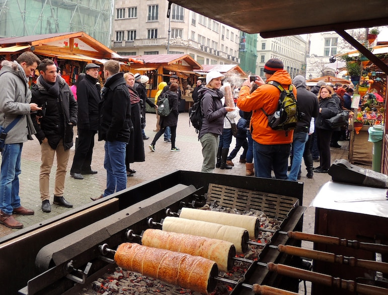 a-hungarian-market-visit-is-not-complete-without-sampling-chimney-cake-pic-top-budapest