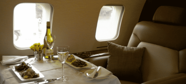 Fine dining - How to charter a private plane