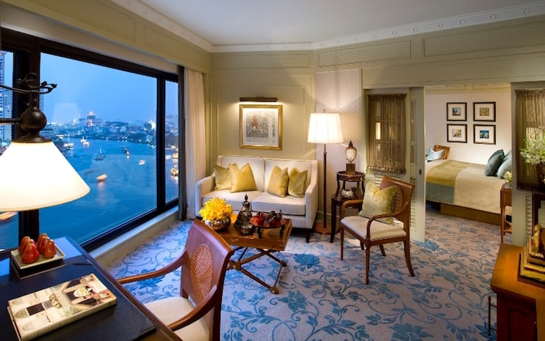 Bangkok travel tips - for a room with a view, book into the Mandarin Oriental in Bangkok which rests on the river | Pic: Mandarin Oriental