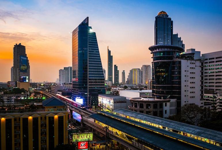 Bangkok travel tips - the Skytrain is the best way to travel in and around Bangkok | Pic: Prachanart Viriyaraks