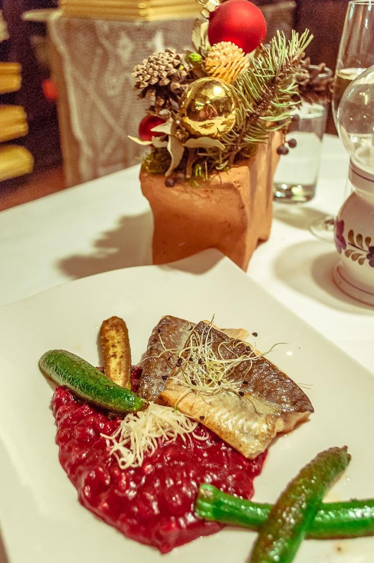Eating lunch at the Stainzerbauer restaurant, Graz