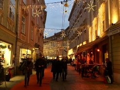 Austrian Christmas markets, glühwein and great food in Graz