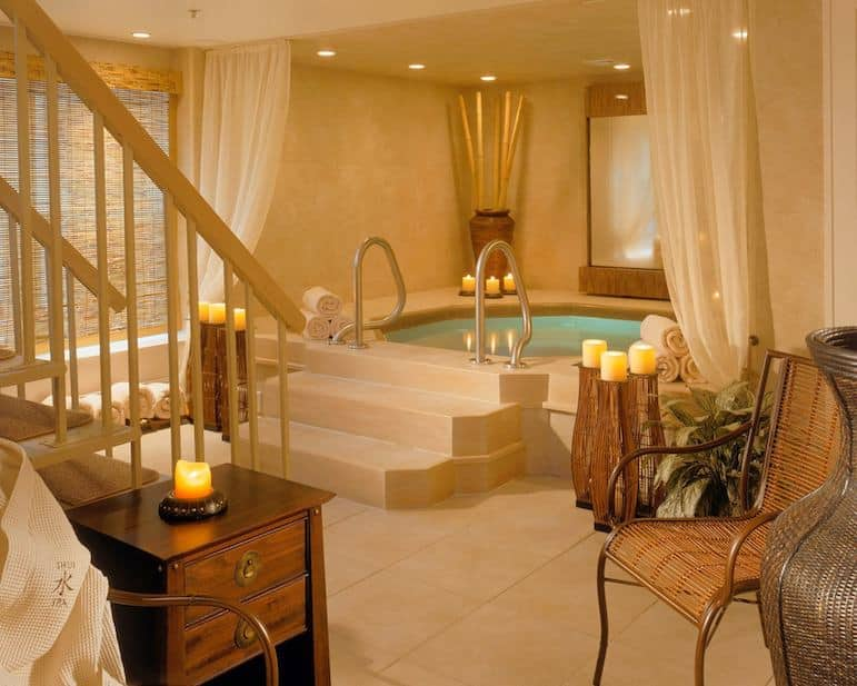 Shui Spa at Crowne Pointe Historic Inn in Cape Cod
