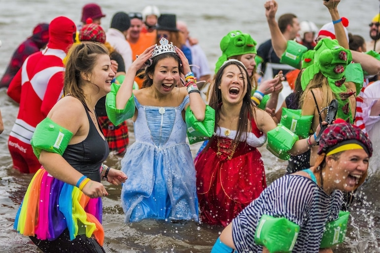 Edinburgh's Hogmanay 2016 - Stoats Loony Dook - credit Chris Watt