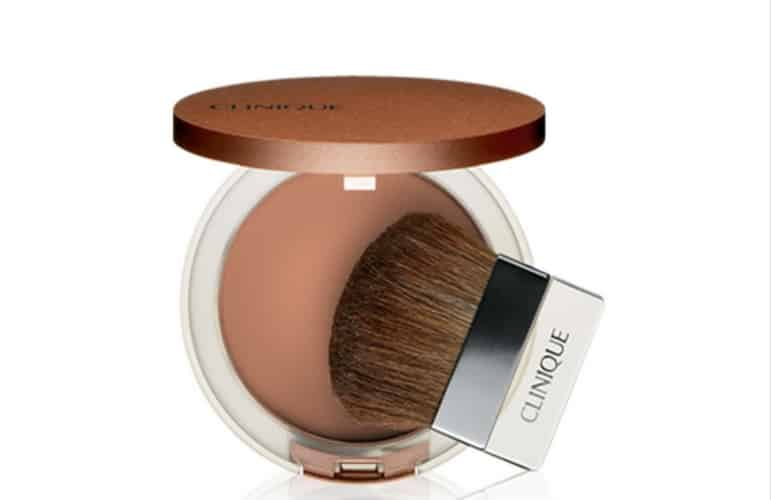 Achieve the sun-kissed and smoky eyes look with True Bronzer
