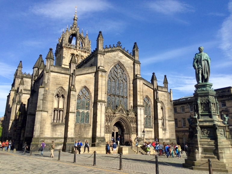 Stroll the Royal Mile in Edinburgh to discover St Giles Cathedral