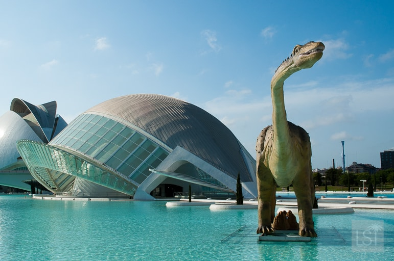 The Calatrava-designed Museum of Arts and Sciences in Valencia was invaded by dinosaurs when we visited