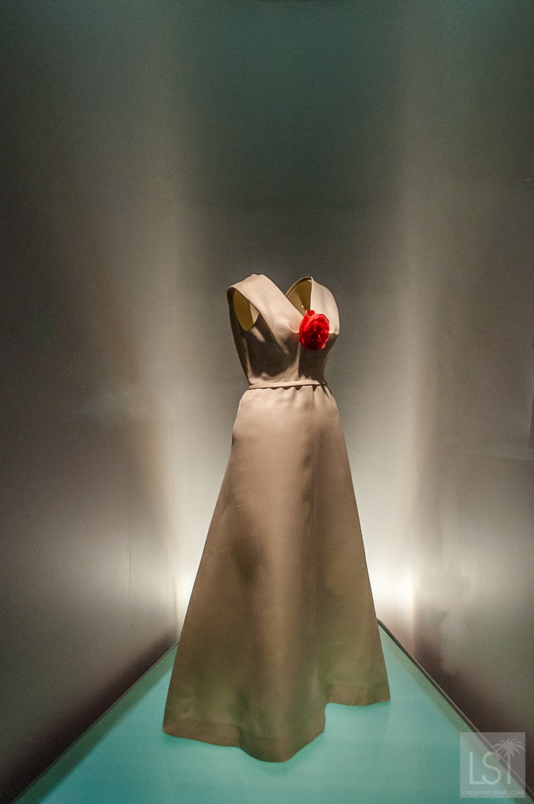 In a Balenciaga you were the only woman in the room - one of my favourite dresses from the Getaria musuem collection - see more at the Balenciaga exhibition London