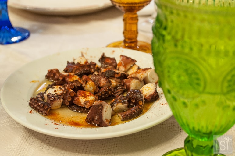 "Authentic Spanish recipes - octopus ""a feira"""