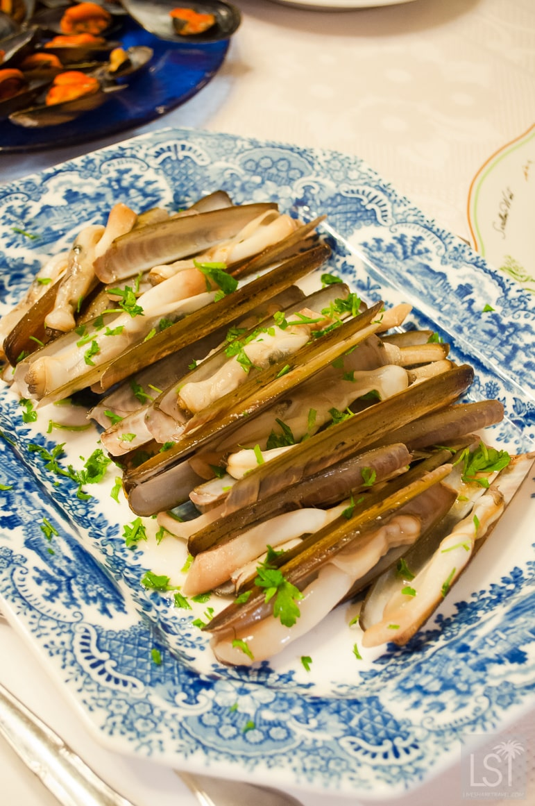 Authentic Spanish recipes - razor clams