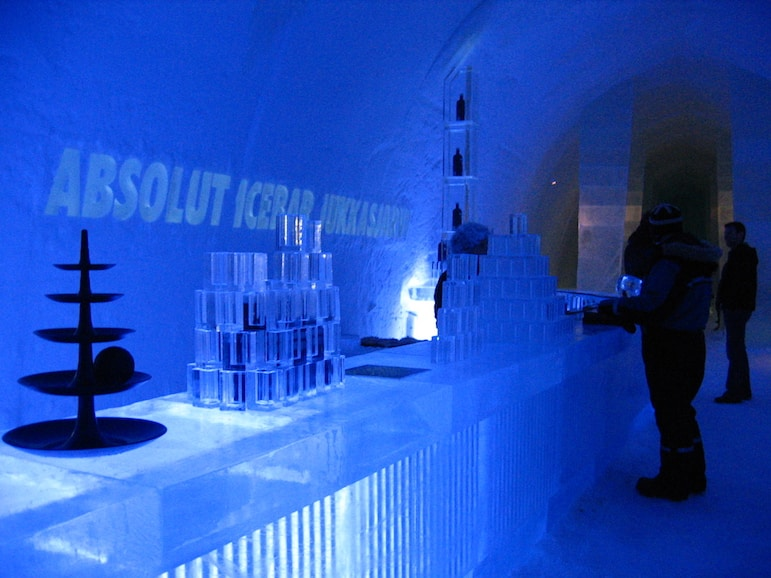 Chill out at the Ice Bar in the Ice Hotel Sweden | Pic: Charley1965