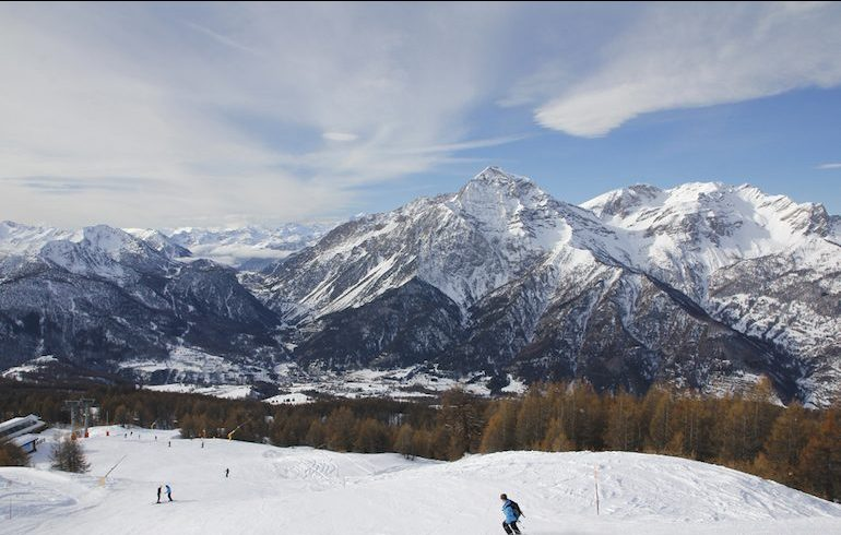 Mix up the Christmas markets experience with skiing at Sauze d'Oulx | Pic: Robyn Cox