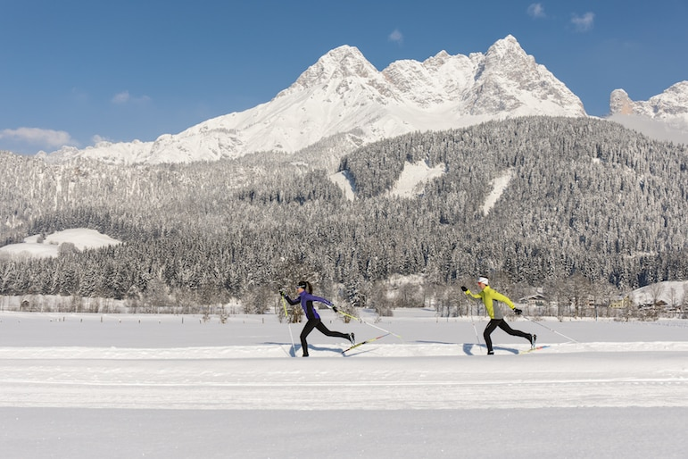 Cross country skating like a pro | pic: Saalfelden Leogang Tourism