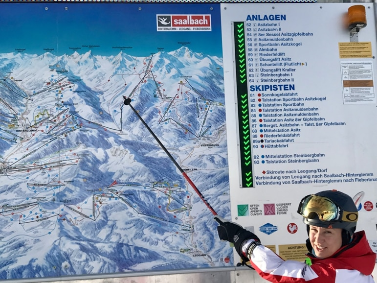Marije highlights which pistes we'll be taking in Skicircus today