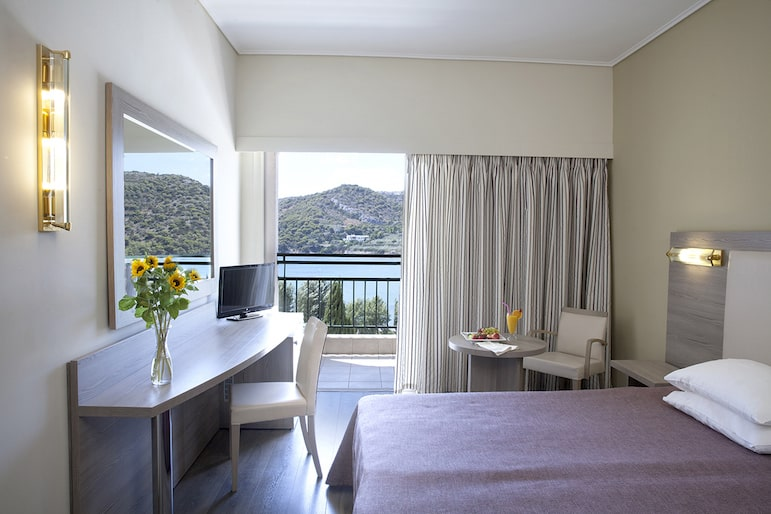 Dolce Attica Riviera is the perfect base in Athens to suit all holiday styles