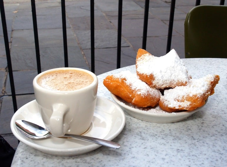 Things to do in New Orleans - try a Coffee and Beignet