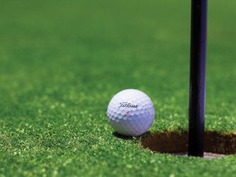 How to travel and improve your golf game
