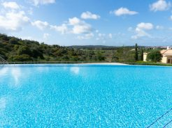 Luxury spas, landscapes and beaches make for great things to do in the Algarve