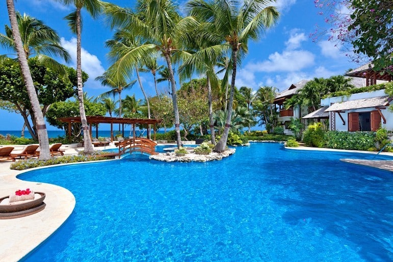 Peaceful and relaxing luxury villa holidays