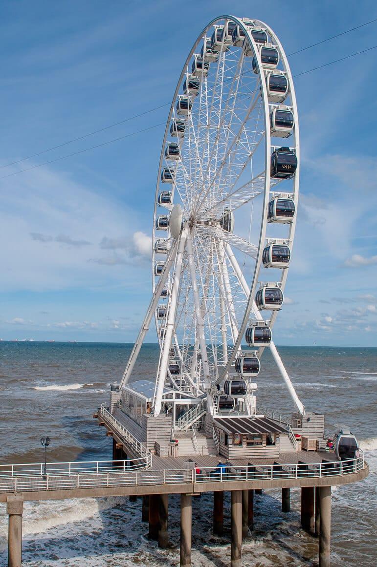 Skyview De Pier Ferris wheel, Scheveningen beach