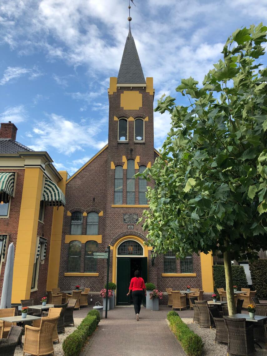 De Theefabriek tea museum in Houwerzijl