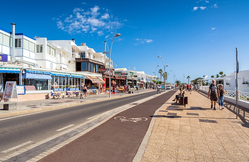 Puerto del Carmen has everything you'll need for a fabulous family holiday – shopping, restaurants and bars