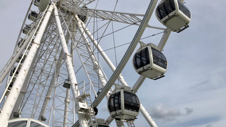 To really soak up the atmosphere book a VIP ferris wheel experience in Schveningen and relax while you enjoy those aerial views of the coast