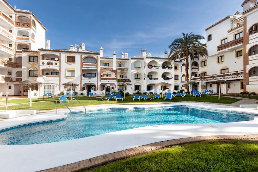 Looking for where to stay in Malaga, well you can relax at the pools at Club Calahonda