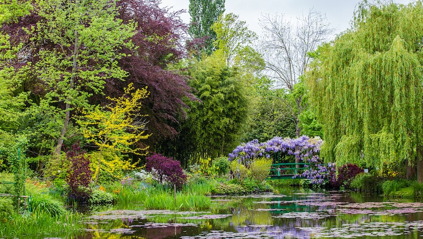 The Gardens of Giverny is where Impressionist painter, Claude Monet, lived and painted some of his masterpieces, such as his Water Lilies series